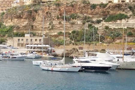 Private Wooden Yacht with Skipper - Mgarr - Vene