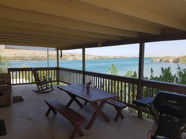 River Front Rental