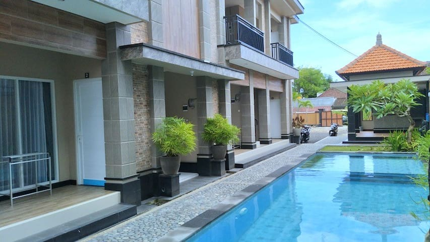 New Jimbaran Home Stay 100 meter to the Beach