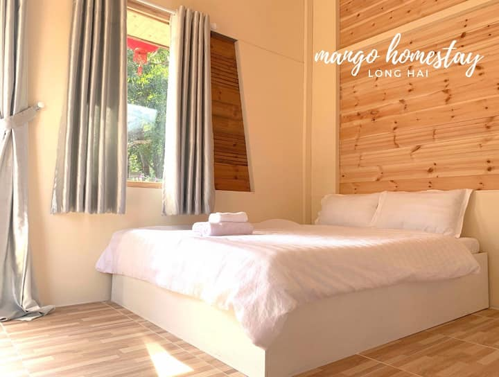 Mango Homestay - Family room (number 11)