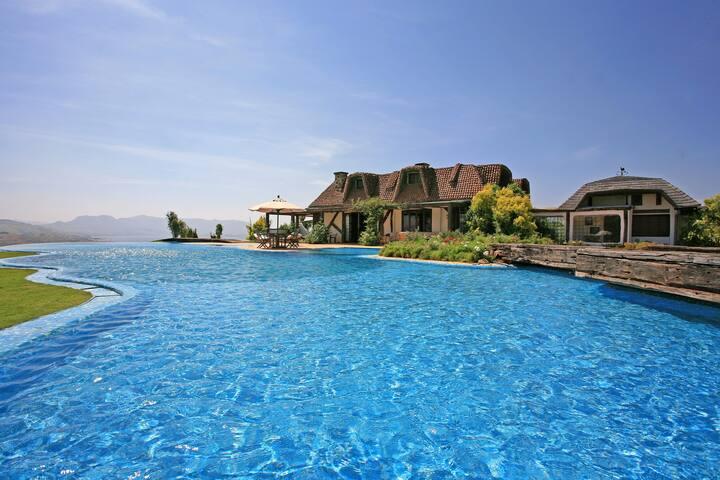 Stunning lakefront villa at Pawna - Maharashtra - Villa