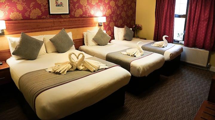 Mehfil Hotel Family En-suite Standard