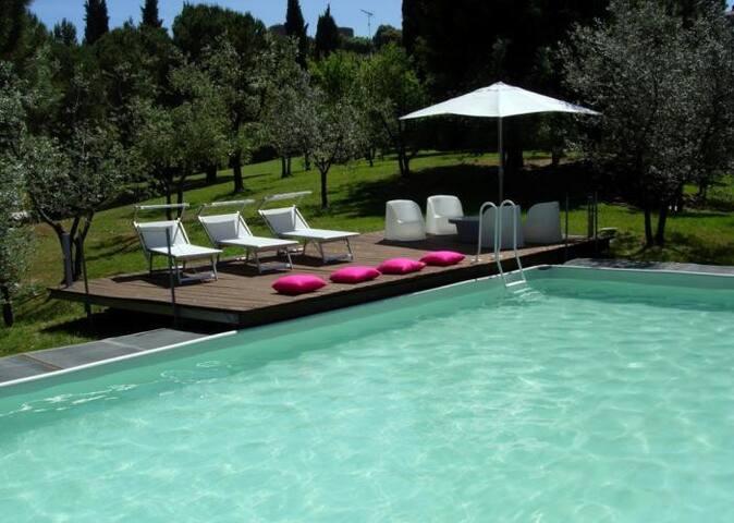 Beautiful panoramic Tuscan style farmhouse & pool - Montalcino - Villa