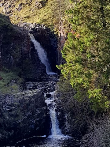 Dorthgill waterfall on the South Tyne Trail