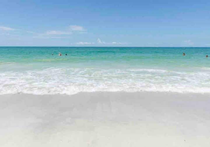 Gulf View Penthouse Condo on Indian Rocks Beach