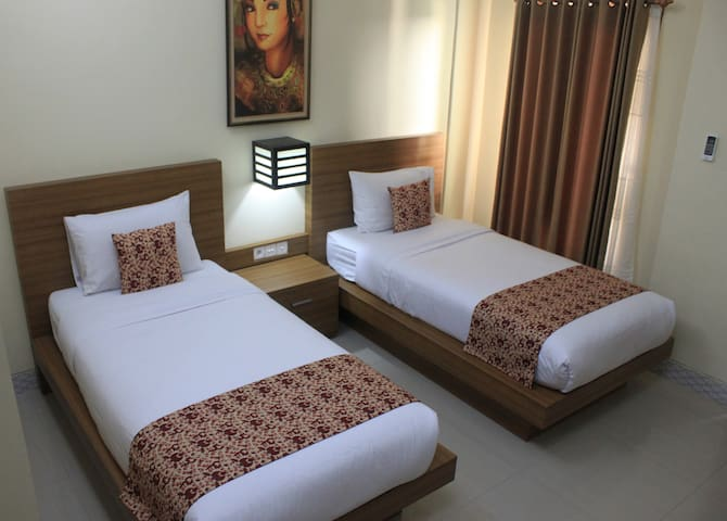 1 BR - Twin B - Rade Guest House