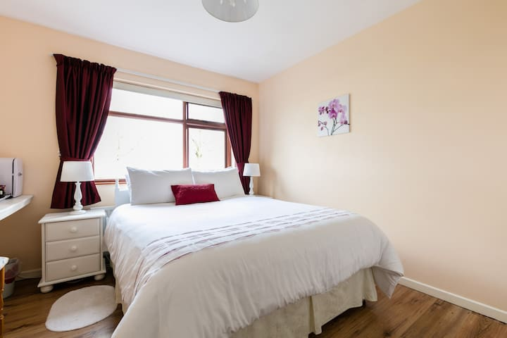 Dewhamill B&B Double - Magherafelt - Bed & Breakfast