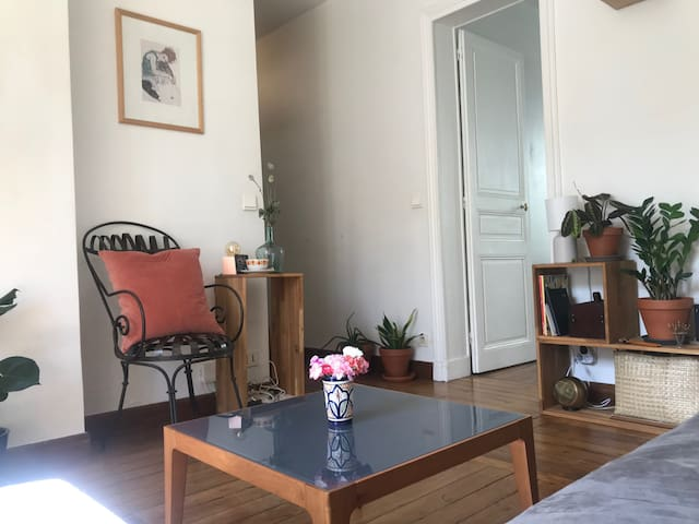 Lovely cocooning apartment 2 min from metro
