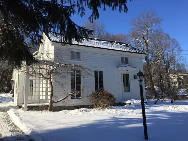 Creekside Home at Harding Farm - Clinton - Ev