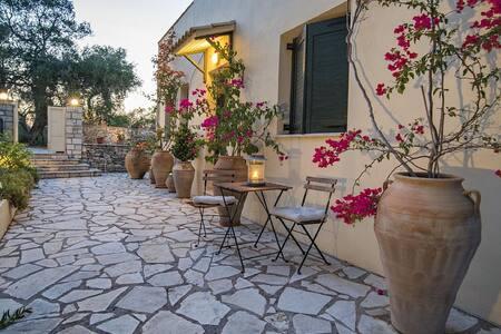 Villa in Lakka, Paxos, Greece - Lakka - Apartament
