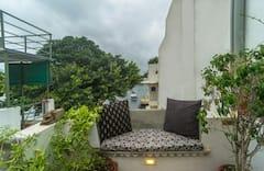 Udaipur+Rosie%27s+Retreat.+Lakefacing+Apartment.