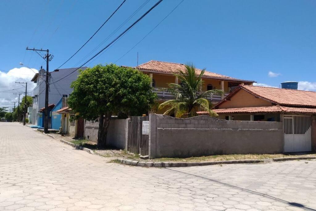 Esquina da Rua dos Vereadores número com a rua Aquarela.