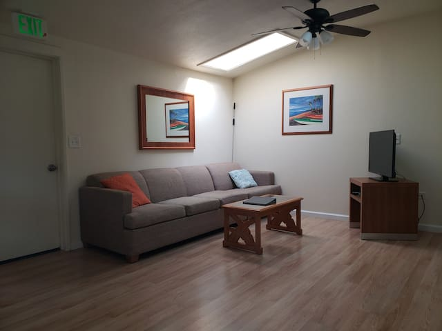 Entire apartment in the center of Hilo