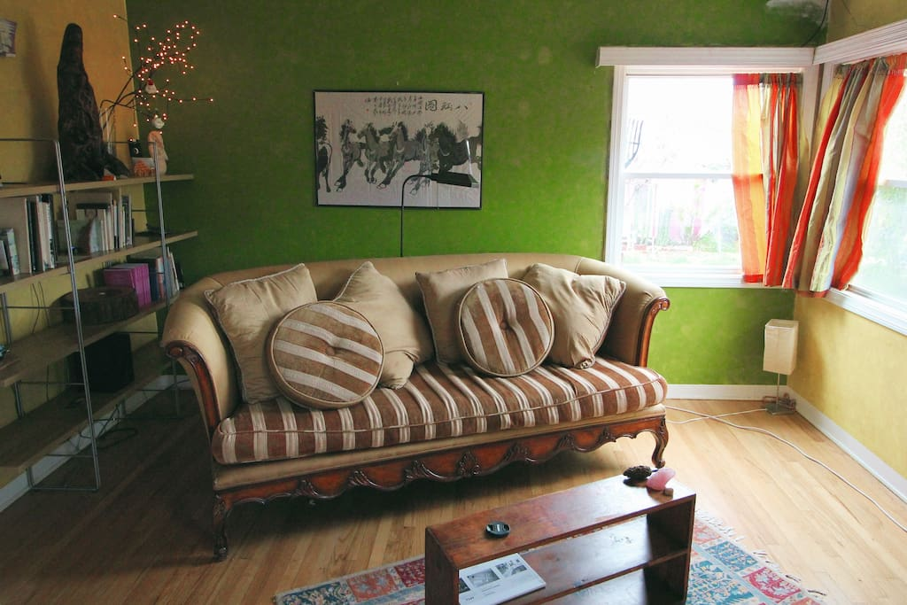 The living room is comfortable and distinguished.