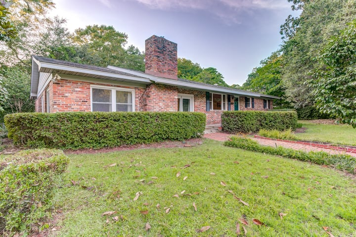 4 Bedrooms- 8 minutes to Wrightsville Beach