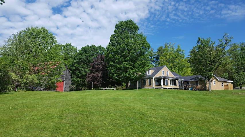 Gorgeous Farmhouse Vacations/Retreats/Reunions