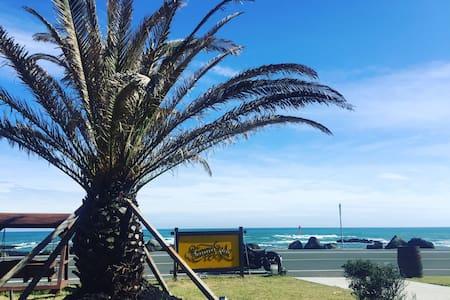 Sunnyside Beachclub-트윈룸(Twin room) - 서귀포시