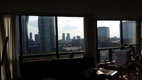 Great Downtown Mississauga View!
