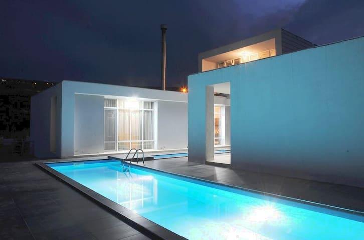 Villa in Tsavkisi