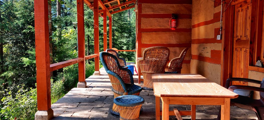 Your Cottage In The Woods|Local Cuisine|WiFi
