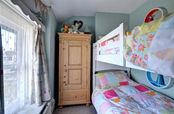 Bunk room with full size singe beds
