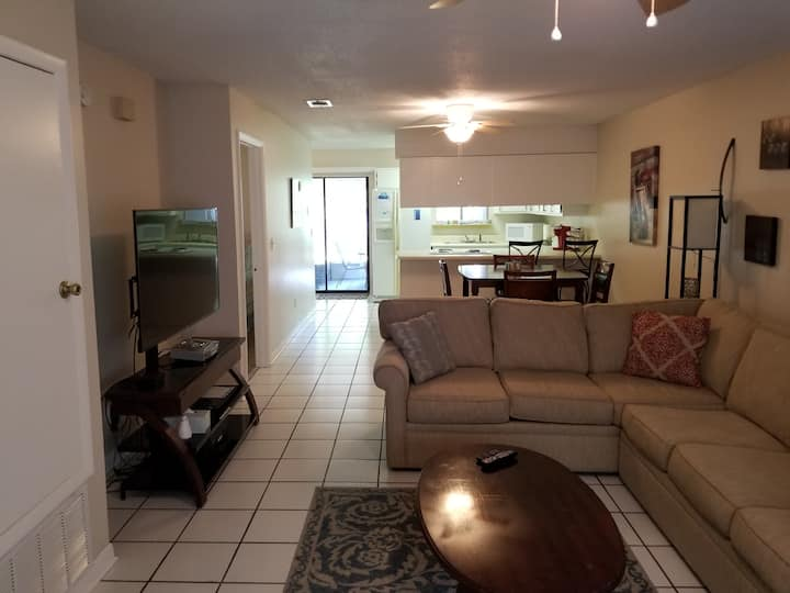 Comfortable Condo just 2 miles from 30A Beaches!!!