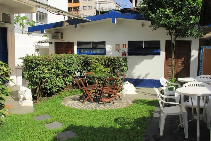 Suite de Casal COMPLETA Guarujá Praia da Enseada