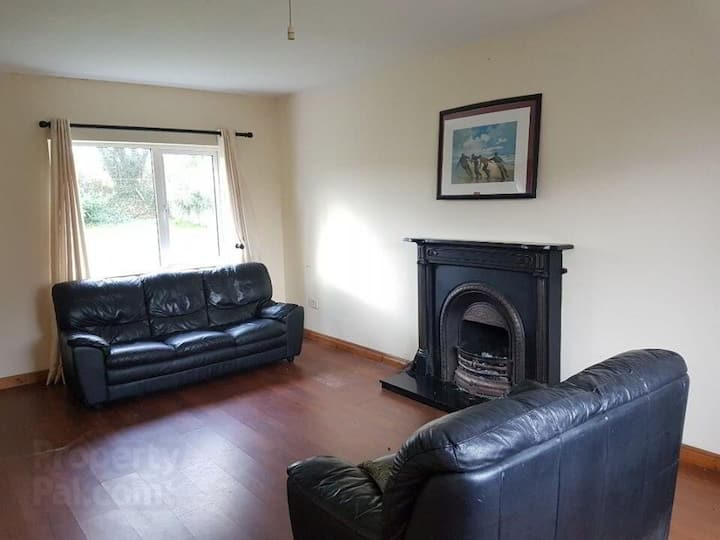 Entire House -4 Bedrooms West of Ireland