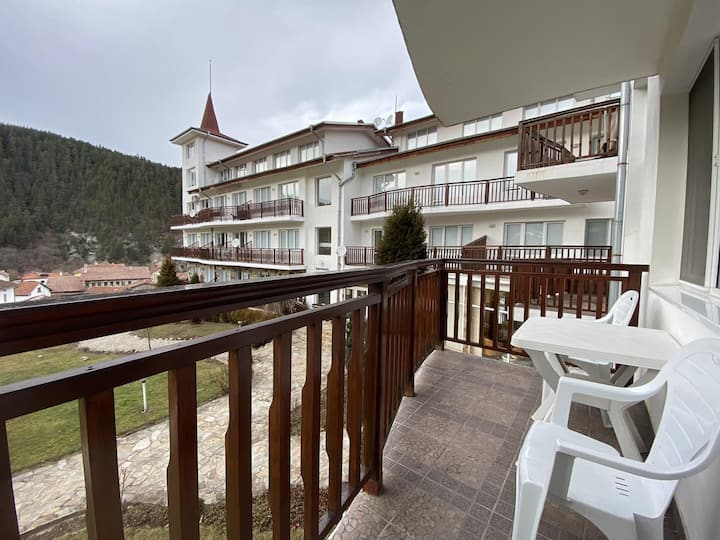 Cozy apartament right next to Borovets Ski Slopes