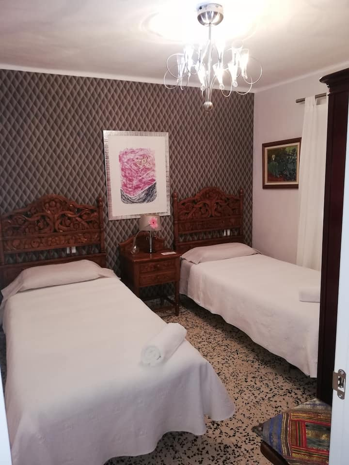 Double bed Room in the center of Malaga