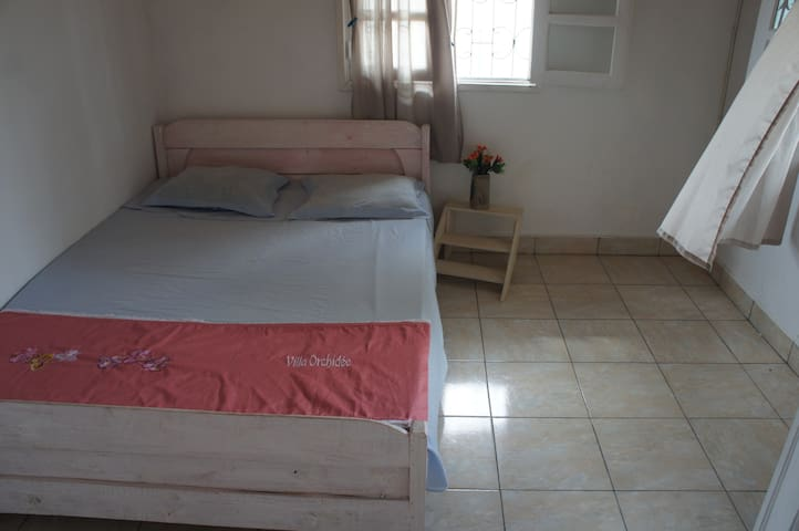 FULLY EQUIPPED NEW VILLA IN A RESIDENTIAL AREA - Toamasina - Villa
