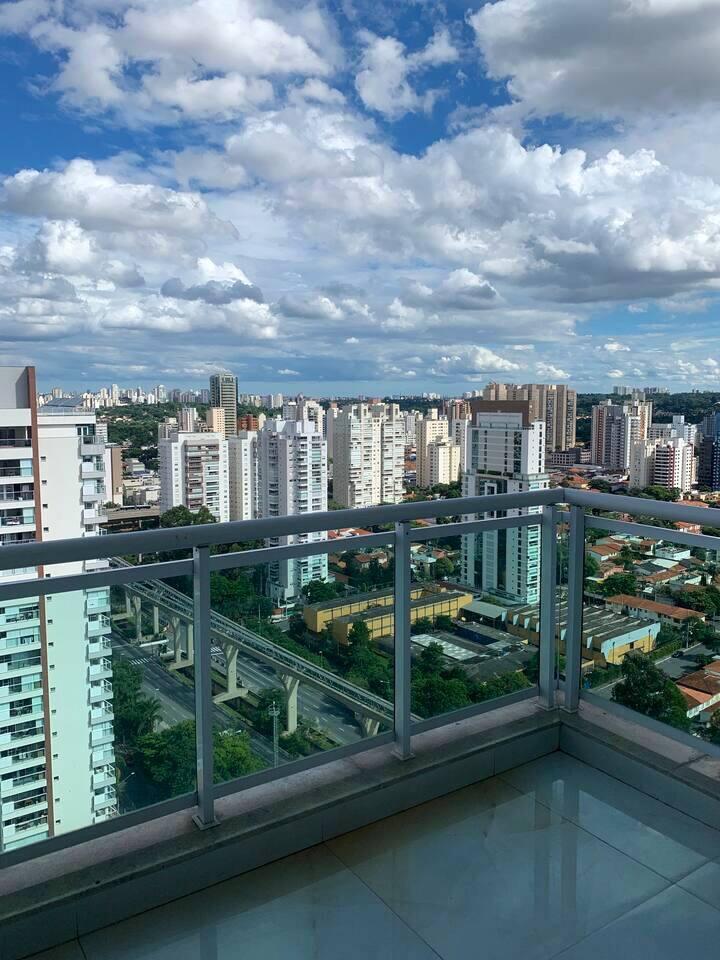High standard apartment in good neighborhood