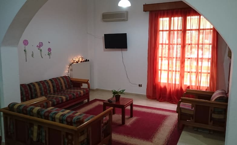 Big Apartment 50m from the Sea with Sea View - Rethymno - Huis
