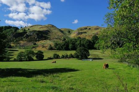 Maisonette at the foot of Ochil hills