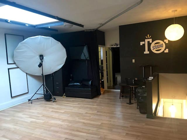 The Open Studio (A Creative's Dream Space)