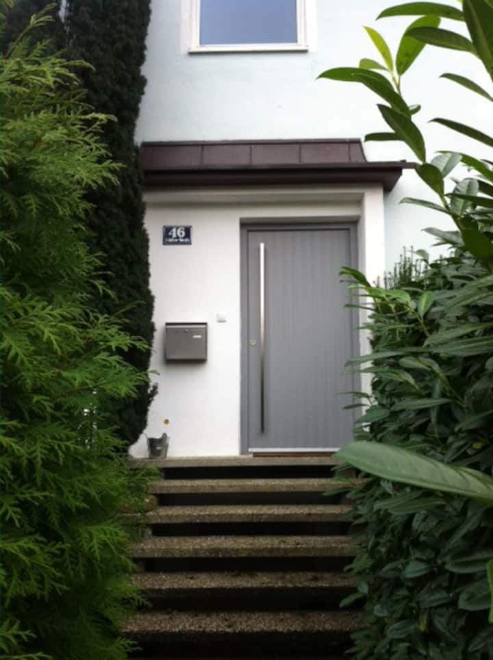 Schillerstrasse 46-1