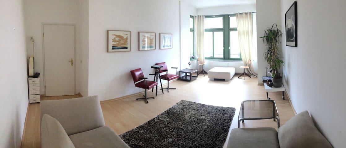 2-Zimmer Design-Wohnung im Jugendstilviertel |65qm - Chemnitz - Byt