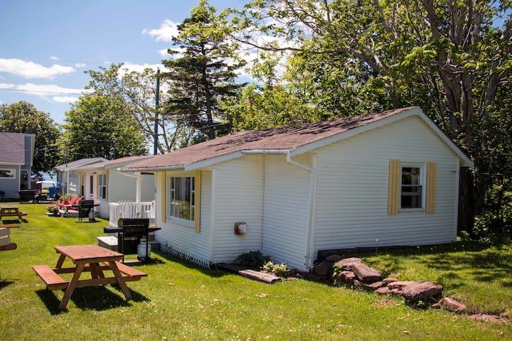 Bayside Cottages - Cottage #3