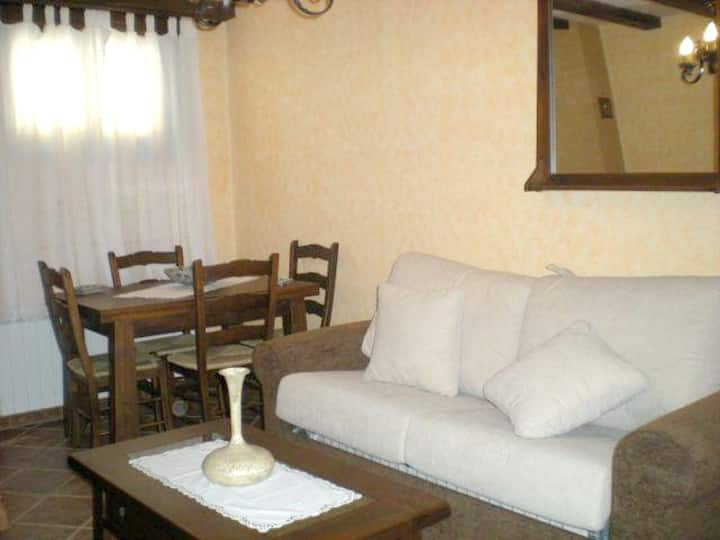 Apartment with 2 bedrooms in Hueva, with wonderful mountain view
