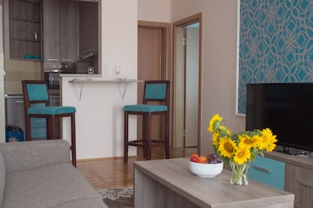LUX NEW apartment, city center - Novi Sad - Appartement