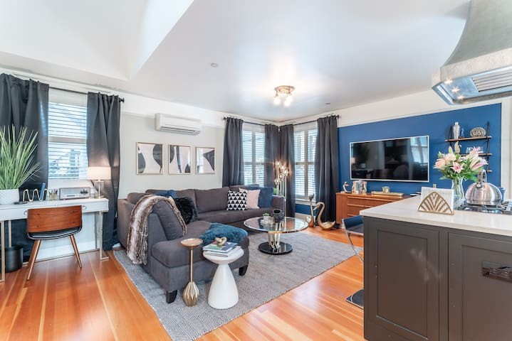 Luxury Flat with King Bed, Just Steps from NW 23rd!