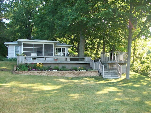Notre Dame Lakehouse - game week - Sleeps up to 5