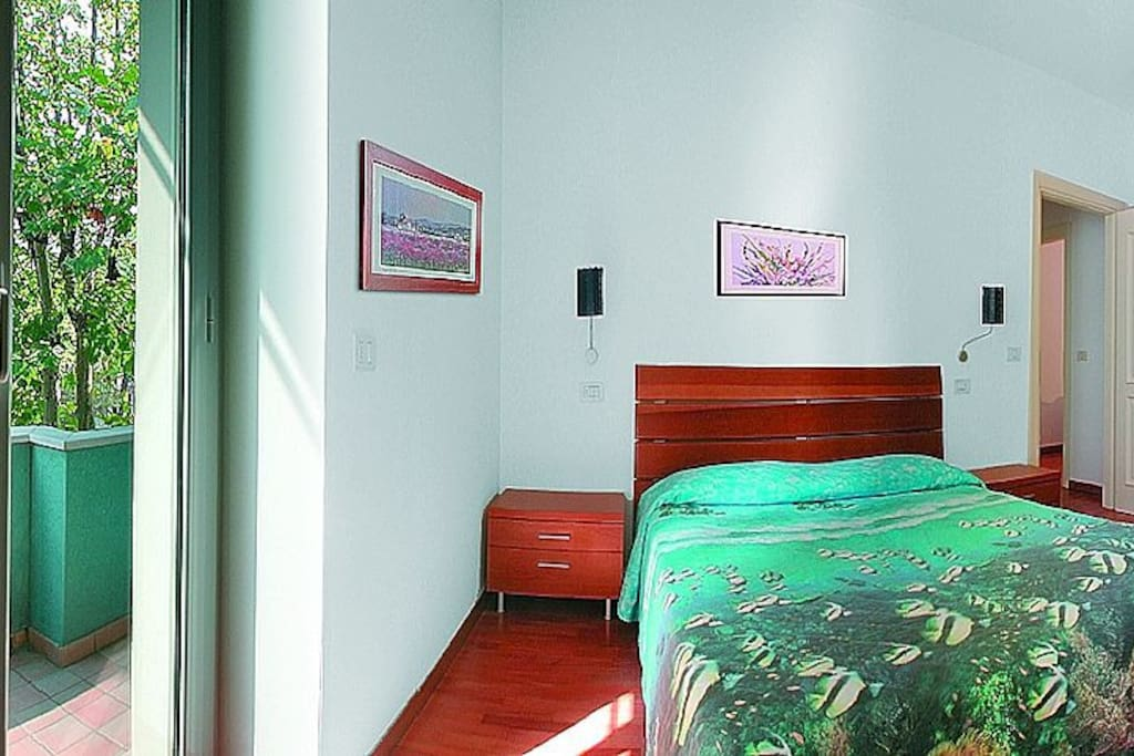 Camera Bedroom