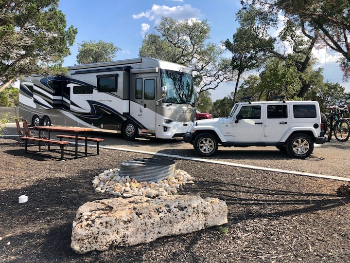 Premium Pull-through RV Site 5 - Full hookups! New