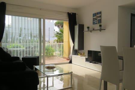 Cozy appt ground level. 8min from beach, 20mb wifi - Orihuela - Wohnung