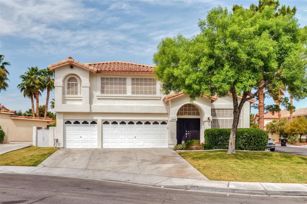 This gorgeous house is conveniently located just 15 minutes from the Las Vegas Strip!