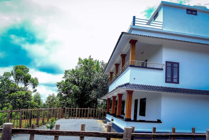 Chinar villa-Hill top stay