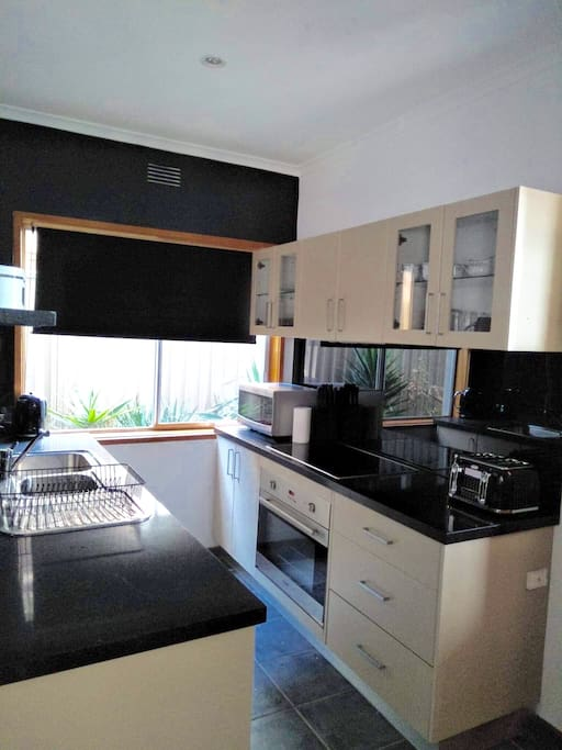 Kitchen, Fully equiped with Blanco Oven & Microwave