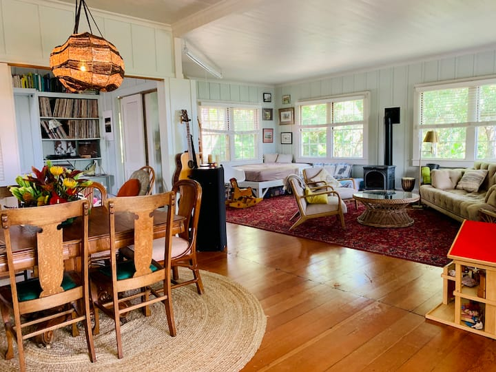 Historic Family Home on Sunnyside Waimea