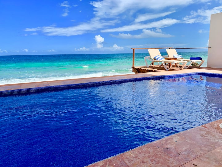 BEACH FRONT private pool 3BR house CASA SAL DE MAR
